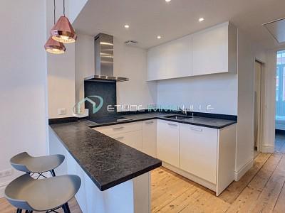 APPARTEMENT T2 A LOUER - LILLE SOLFERINO SACRE COEUR - 40 m2 - 830 € charges comprises par mois