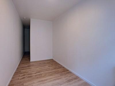 STUDIO A LOUER - LILLE VIEUX LILLE - 17,26 m2 - 370 € charges comprises par mois