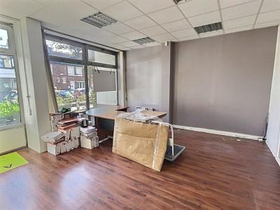 BUREAU A LOUER - LA MADELEINE - 65 m2 - 132 € HC/m<sup>2</sup>/an