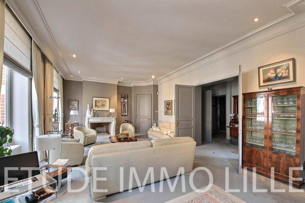 maison a vendre lille palais rameau 509 3 m2 prix nous consulter immobilier lille. Black Bedroom Furniture Sets. Home Design Ideas