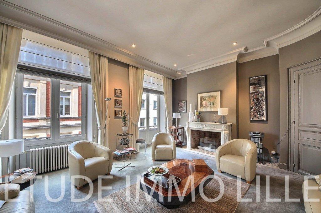 maison a vendre lille palais rameau 509 3 m2 prix. Black Bedroom Furniture Sets. Home Design Ideas