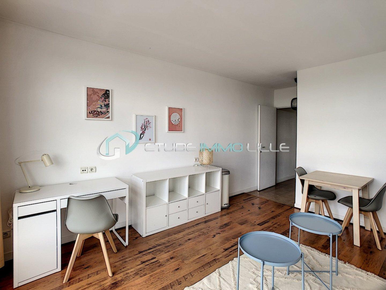 STUDIO A LOUER - LILLE EURALILLE - 27,22 m2 - 615,89 € charges comprises par mois