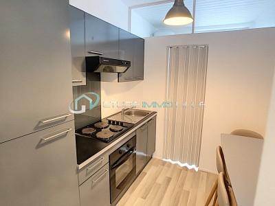 STUDIO A LOUER - LILLE ST MICHEL - 21,13 m2 - 490,93 € charges comprises par mois
