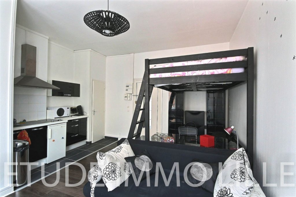 Studio lille centre 24 5 m2 vendu immobilier lille for Garage lille centre