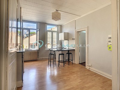 STUDIO - LILLE SEBASTOPOL - 28 m2 - VENDU