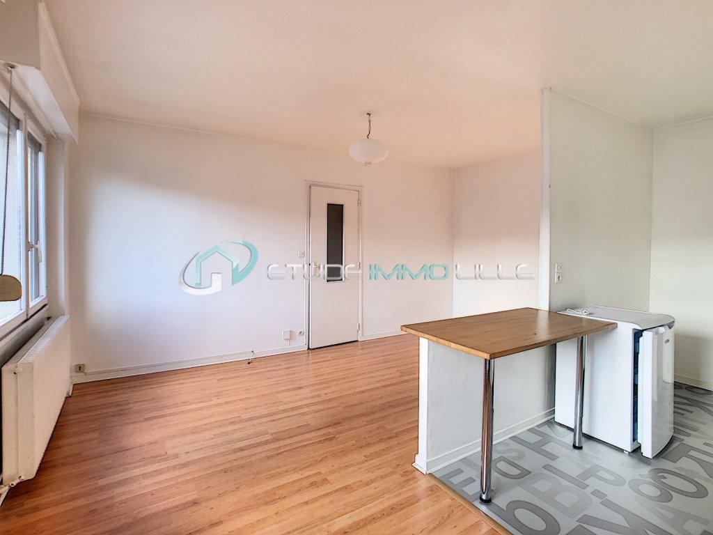 studio lille vauban 31 m2 vendu immobilier lille agence immobili re etude immo lille. Black Bedroom Furniture Sets. Home Design Ideas