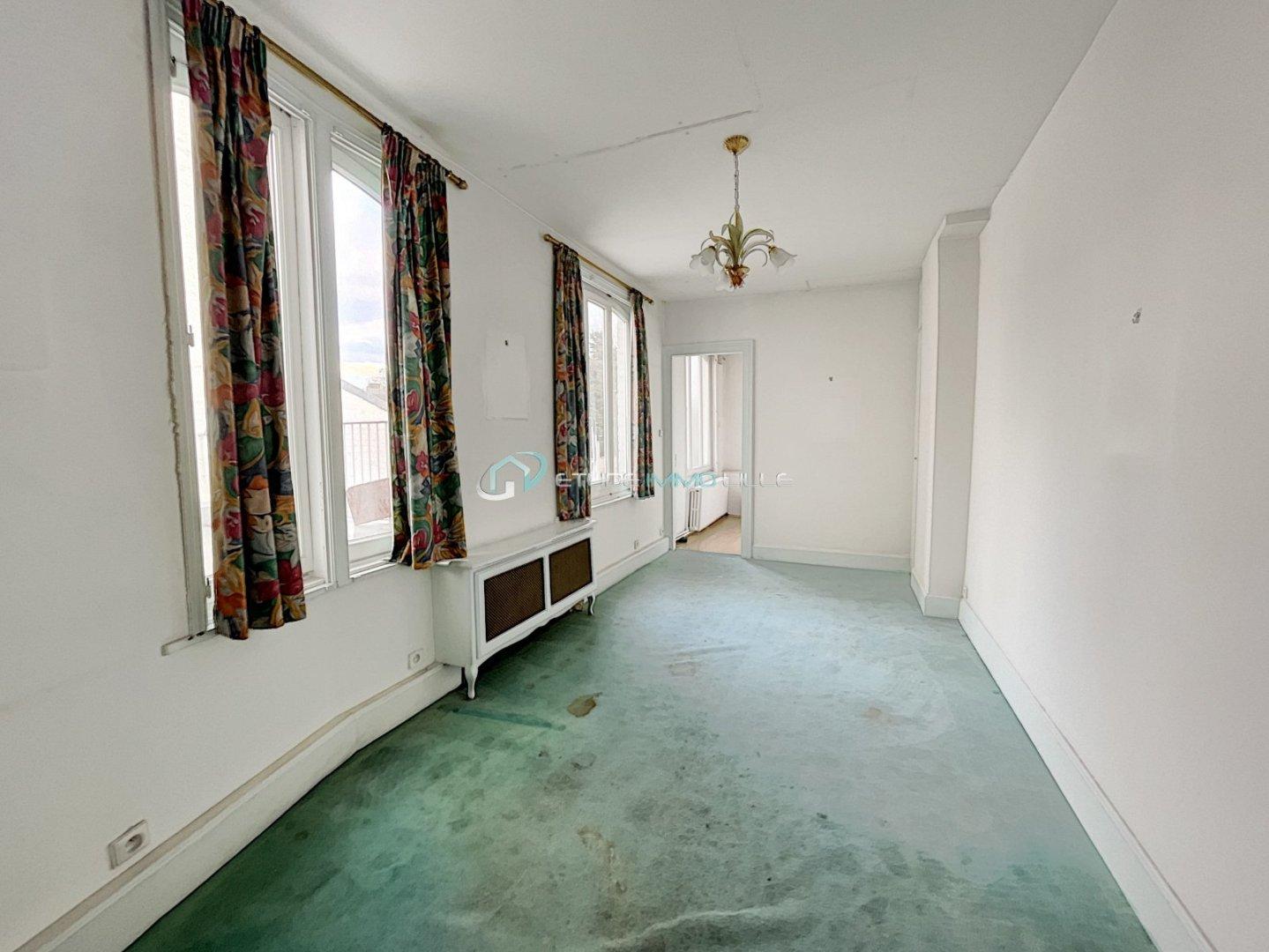 STUDIO A VENDRE - LILLE VAUBAN - 21,54 m2 - 146000 €