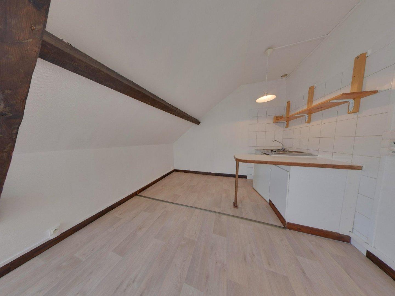 APPARTEMENT T2 - LILLE WAZEMMES - 29,9 m2 - LOUÉ