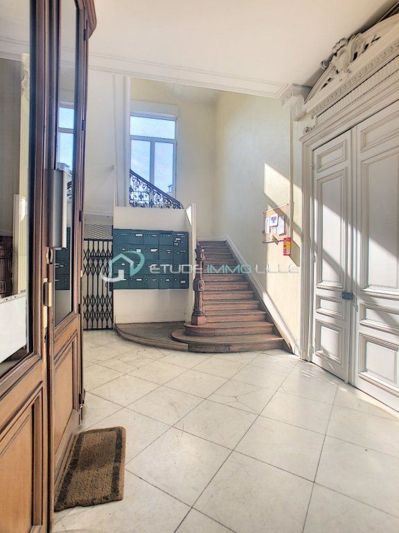 APPARTEMENT T2 A VENDRE - LILLE NATIONALE - 42,95 m2 - 148 000 €
