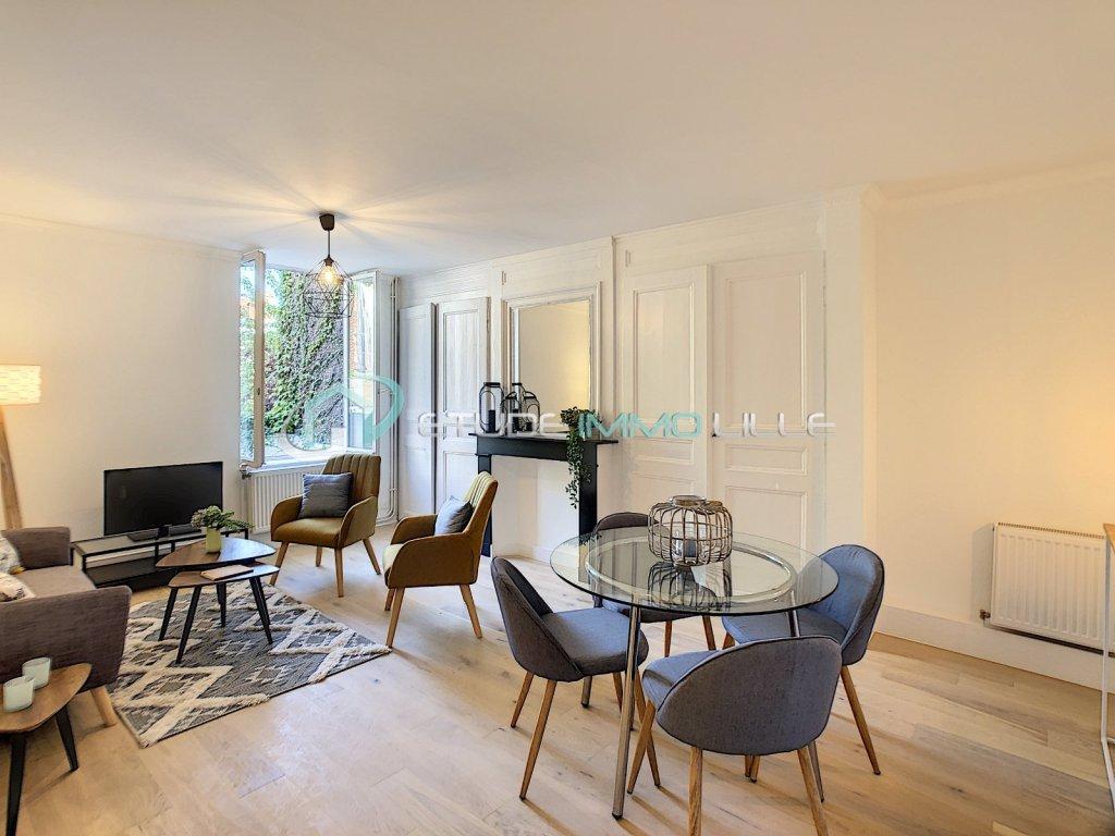 T2 2ème étage  BAT B A VENDRE - LILLE SEBASTOPOL - 51 m2 - 205000 €