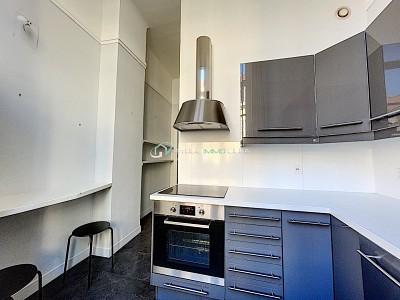 APPARTEMENT T3 A LOUER - LILLE VIEUX LILLE - 85 m2 - 1690 € charges comprises par mois