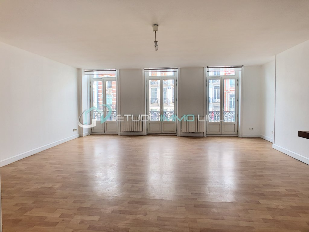 APPARTEMENT T3 - LILLE PROX GRAND PLACE - 87,17 m2 - VENDU